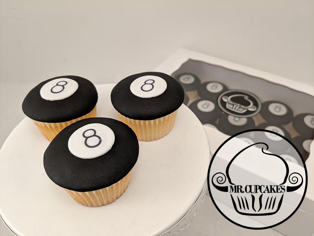8 ball cupcakes